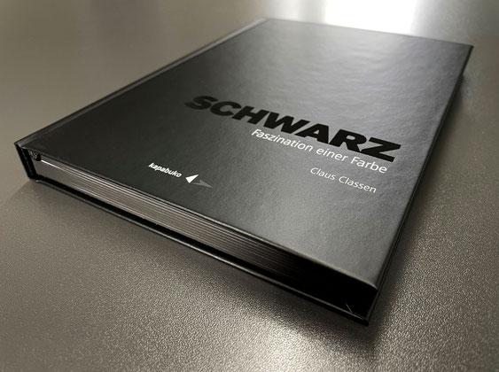 SCHWARZ – Faszination einer Farbe –made by SATZDRUCK