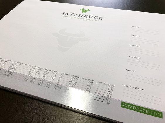 Die Druckerei für Ihre Schreibtischunterlagen – SATZDRUCK aus Coesfeld (NRW)