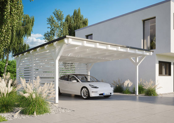 Tesla Model 3 unterm Solarcarport laden