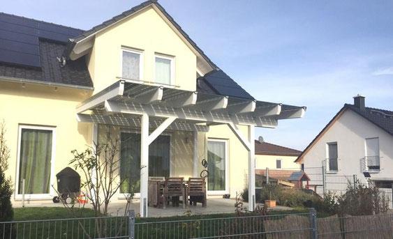 Solarterrassendach aus Holz