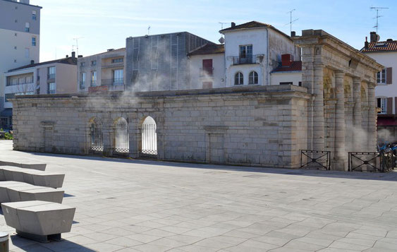 Fontaine Chaude - site officiel de Dax (dax.fr)