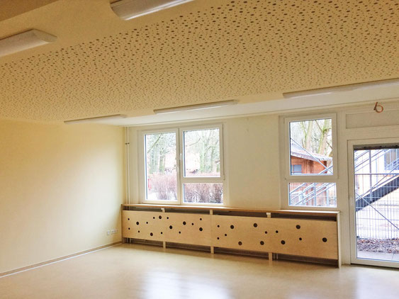Ein abgeschlossenes Projekt, dass anbringen einer Akustikdecke, der 3B Denkmalpflege & Bausanierung GmbH