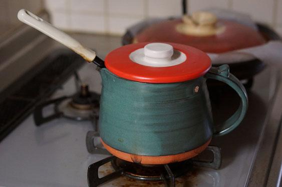 陶芸家のブログ 陶芸家 陶芸 笠間焼き 陶器 土鍋 耐熱作品 味噌汁 ピッチャー