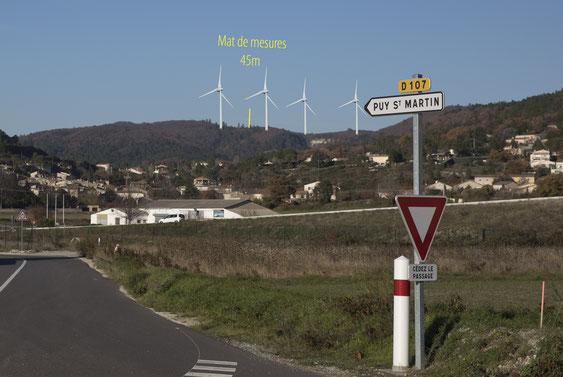 simulation approximative des quatre éoliennes de 110m de haut
