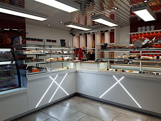 éclairage dans une boulangerie