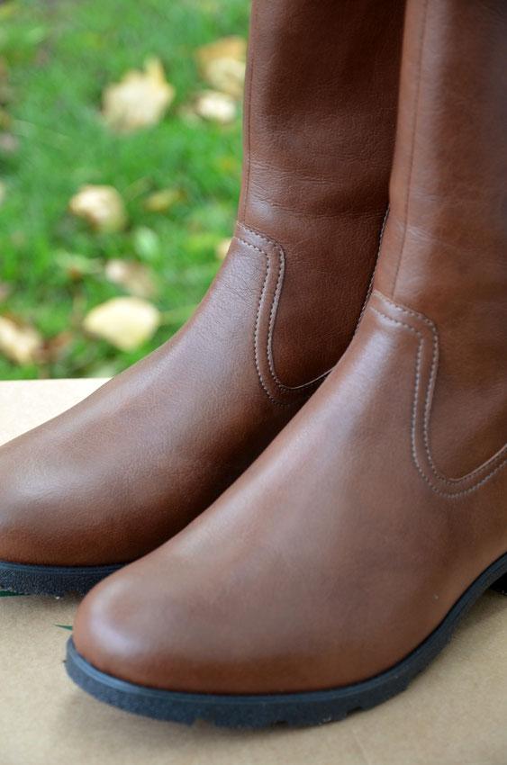 Wunderschöne, vegane Herbst- und Winterstiefel zu finden, ist noch etwas schwierig in Deutschland. Anifree Shoes schafft Abhilfe und verfügt im Onlineshop über eine große Auswahl an veganen Schuhen - für jede Jahreszeit.