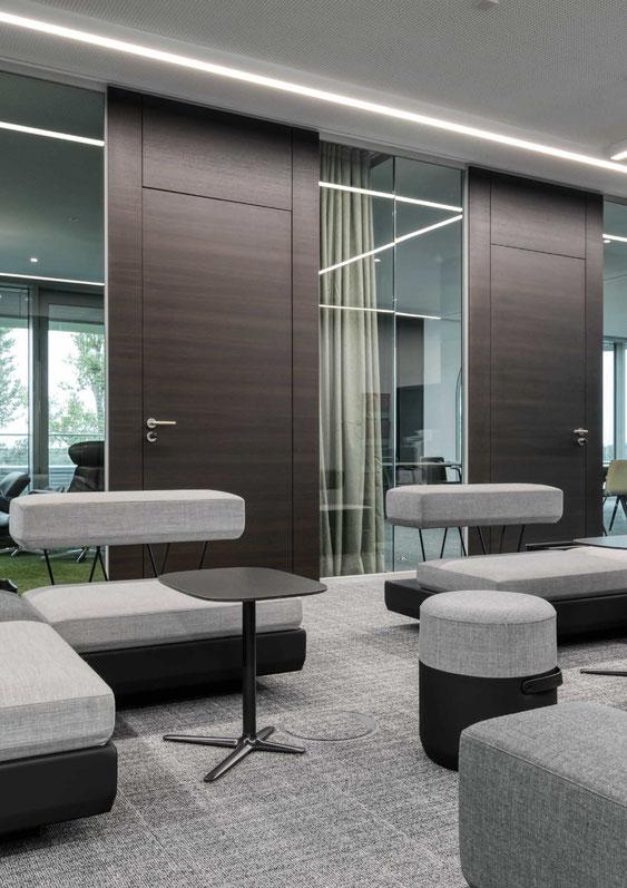 Trennwandysteme aus Glas - Wienss Innenausbau GmbH berät, fertigt und montiert. Auch Türen.