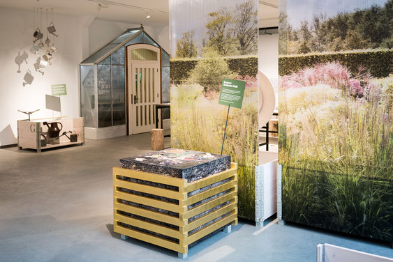 Wienss Innenausbau GmbH - Innenausbau, Objektbau, Museumsbau - hier: Gartenmuseum Lennestadt - mit Blattgold platiniert www.wienss-innenausbau.de