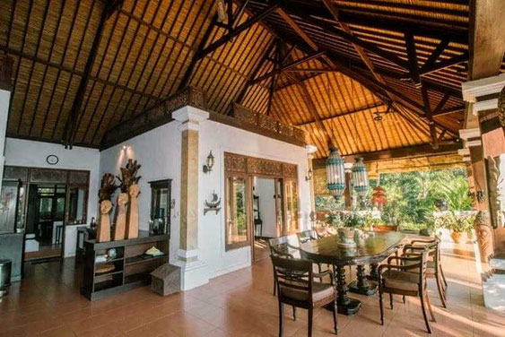 East Bali villa for sale. For sale by owner