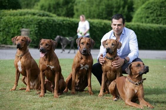 Amara, Nelson, Luni, Pino & Pandu... und natürlich Erol Sander