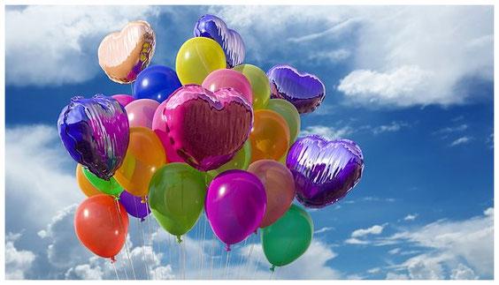 Abbildung: bunte Luftballons als Symbol für Vielfalt