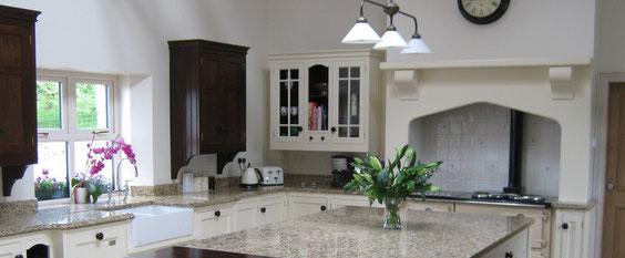 Traditional Country Kitchen - Inniscraig Design - Kitchen Design ...