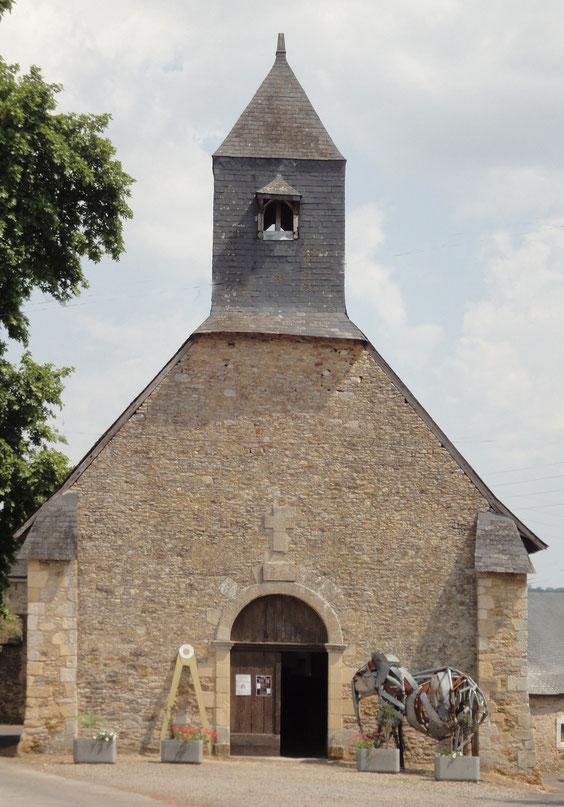L'église de St Germain-Daumeray où se tient l'exposition