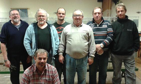 Stehend hinten: W. Becks,S. Olbers, W. Selzer, U. Hertrampf (R404). Mitte: D. Lewitzki, H. Jäger, Sitzend: W. Schmitz