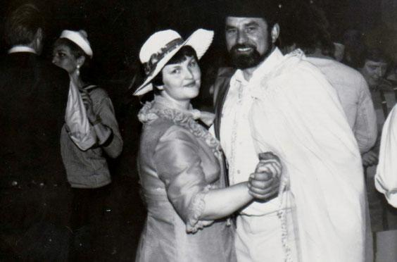 Roland Michael mit Ehefrau beim Tanz
