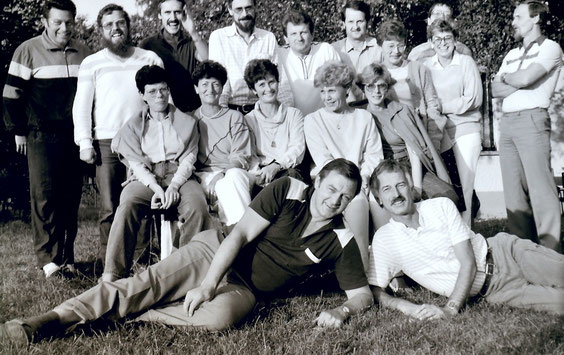 Hütsessen 1985 vorm Tennishäuschen