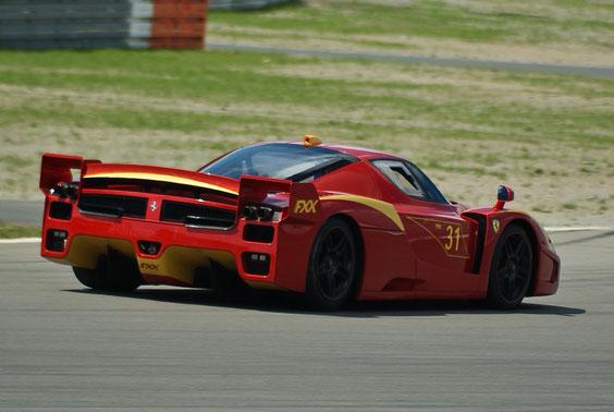 Ferrari FXX - by Alidarnic (Modena Trackdays 2011)
