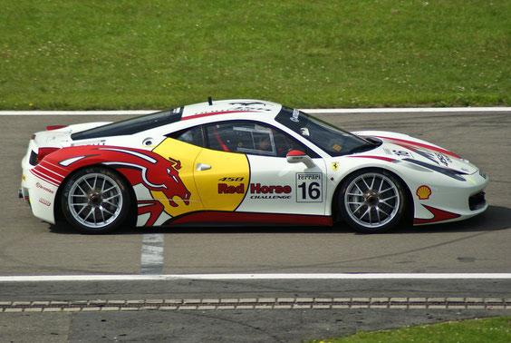 Ferrari 458 Challenge - by Alidarnic (Modena Trackdays 2011)