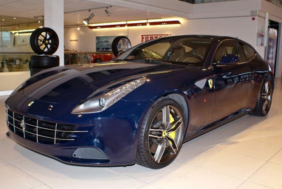Ferrari FF - by Alidarnic