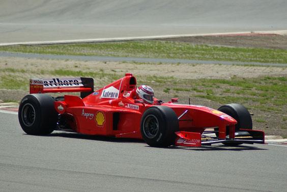 Ferrari 2000 '00 M. Schumacher - by Alidarnic (Modena Trackdays 2011)