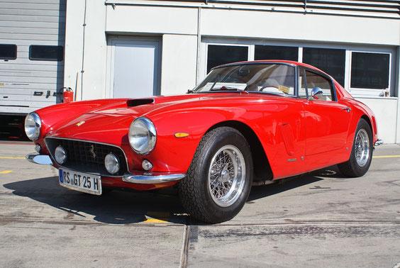 Ferrari 250 GT SWB Berlinetta - by AliDarNic (Modena Trackdays 2011)