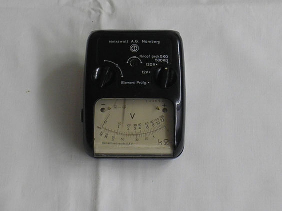 Metrawatt  Taschen Multimeter und Elementenprüfer