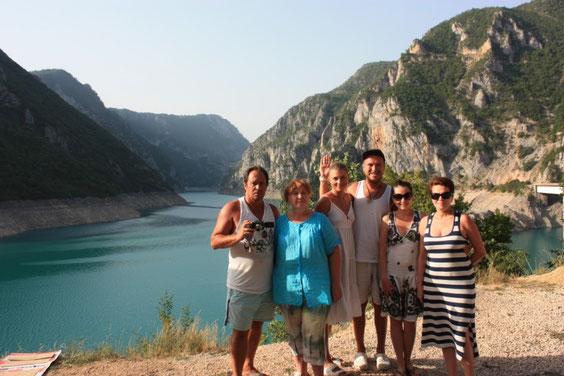 Искусственное озеро Пива (Пивский каньон)