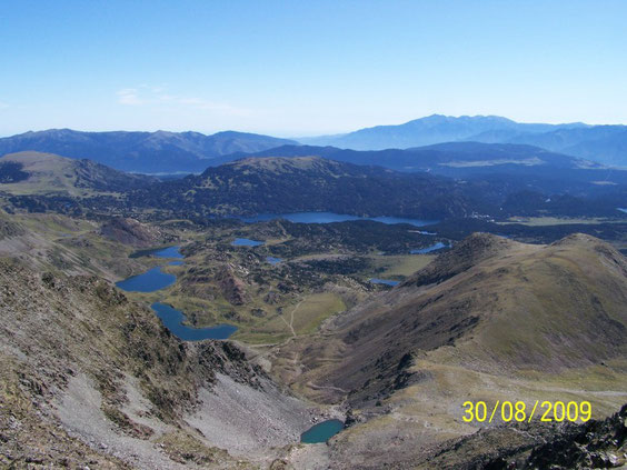 Les étangs du Carlit, vue du Pic de Carlit
