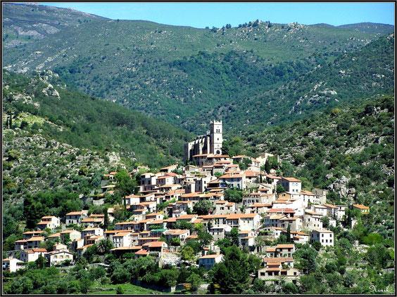 village de Eus.