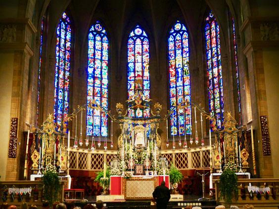 Altar der Kathedrale Unserer Lieben Frau