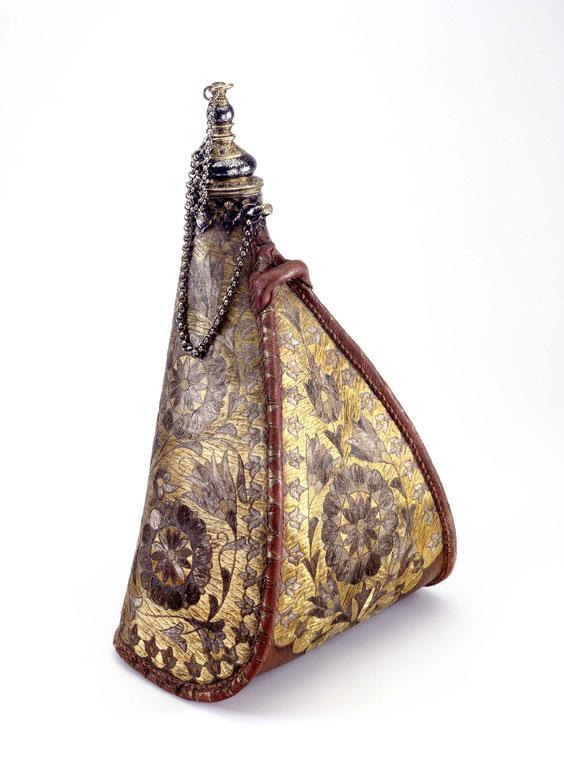 Kostbare osmanische Feldflasche mit Silberdrahtstickerei, 17. Jahrhundert