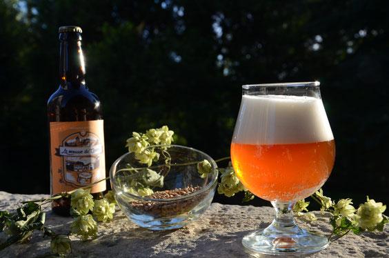 Bière blonde artisanale La mousse du Guiers, Saint Genix sur Guiers, Savoie