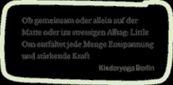 kinderyoga berlin hat little om das mama baby yoga spray getestet ob auf der yogamatte oder im stressigen mama alltag