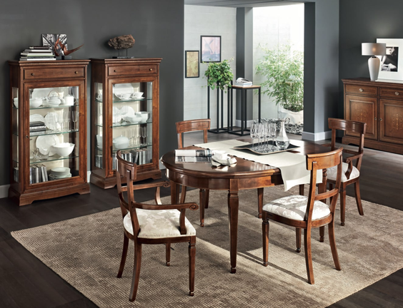 Mobili classici a salerno, comprare tavolo in legno a salerno, sedie in legno, arredamento classico, sedie classiche, arredamento stile classico
