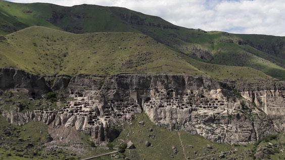 Montagnes de Géorgie - les sites troglodytiques - Vardzia