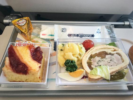 Essen auf dem Hinflug