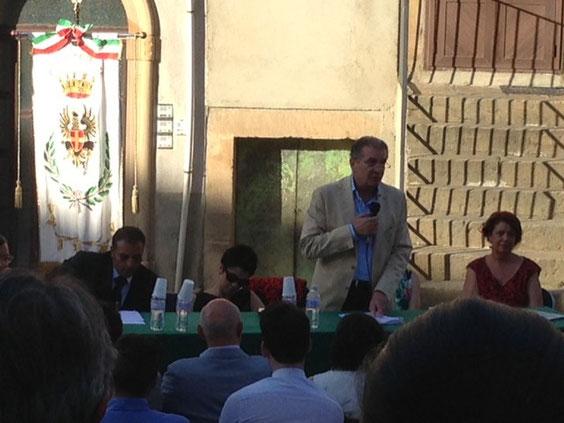 Consiglio Intercomunale per la istituzione del Tribunale dei Nebrodi (19 comuni) - Il tavolo della presidenza