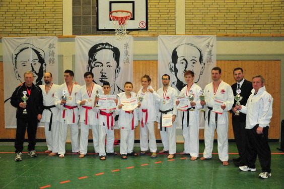 Das stolze OSAKA Team