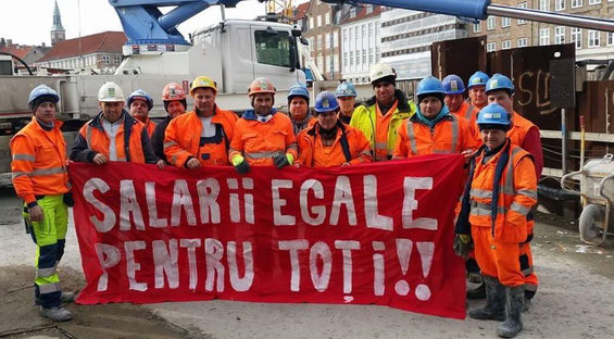 """""""Lige løn til alle!! """" - metroarbejdere fra Polen, Rumænien, Italien og Portugal."""