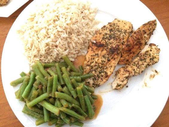 Kip met sperziebonen en rijst