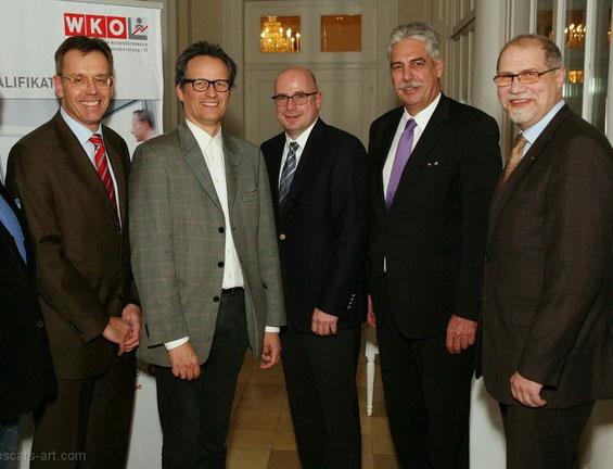 Herbert Strobl, Prof. R. Sichler (FH Wr. Neustadt), Peter Pirkner (ÖBB-Konzernpersonalleiter), Hans Jörg Schelling (Hauptverband der SV-Träger), Günter Schwarz (Obmann UBIT NÖ) v.l.n.r