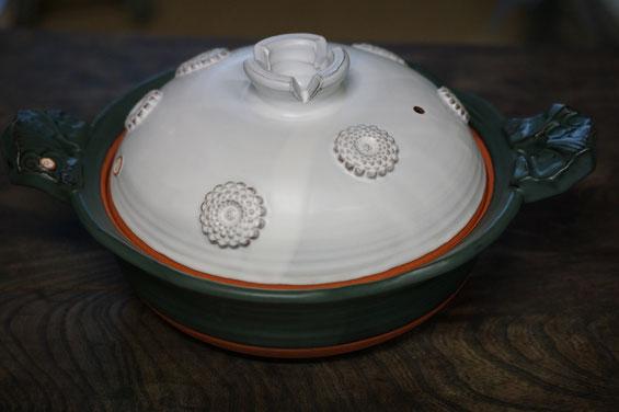陶芸家 ブログ 土鍋作品 耐熱 直火 空焚き デザインが素敵 菊花模様