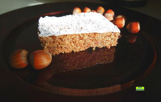 Rezept für Zucchini-Haselnuss-Kuchen aus dem eBook/Buch: Dinkel-Dreams von K.D. Michaelis