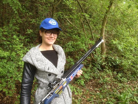 Christine Bearth, Zürcher Top Nachwuchsschützin aus Embrach schiesst Lapua 6,5x47