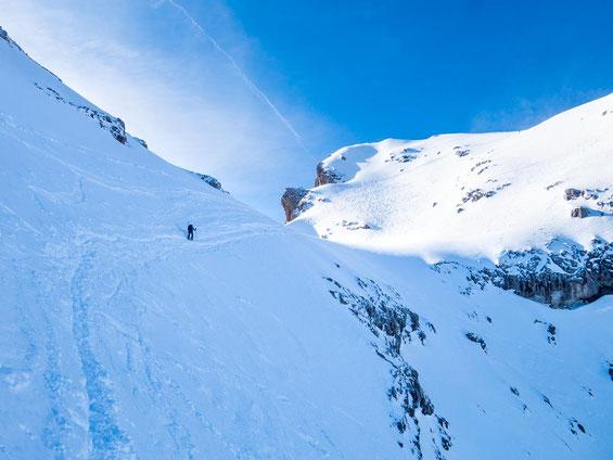 Die steile Querung kurz vor dem Ziel, welche die Schlüsselstelle darstellt.