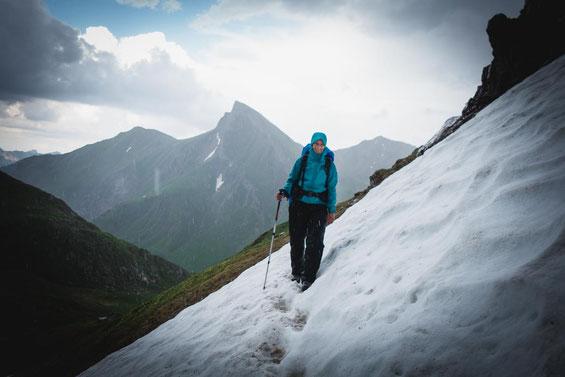 Einige Altschneefelder mussten überwunden werden