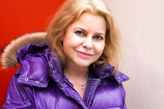 Anne-Beate Engelke, Intendantin