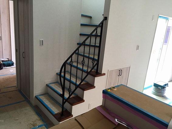 階段手すり4段ブラック
