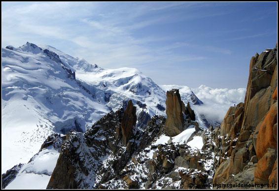 L'arête des Cosmiques et le Mont-Blanc