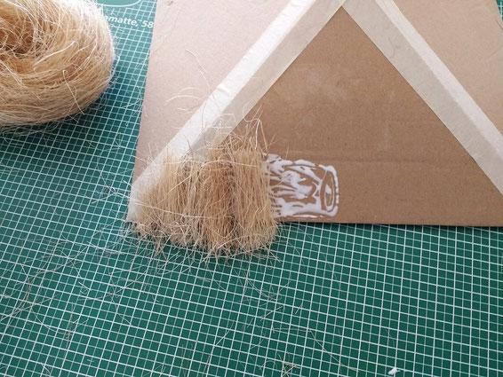 Strohdach für Miniaturhaus basteln